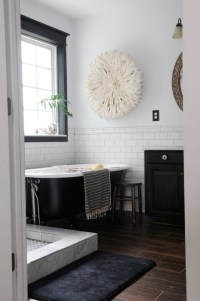 {Inspired Rooms} Classic Black and White Bathroom
