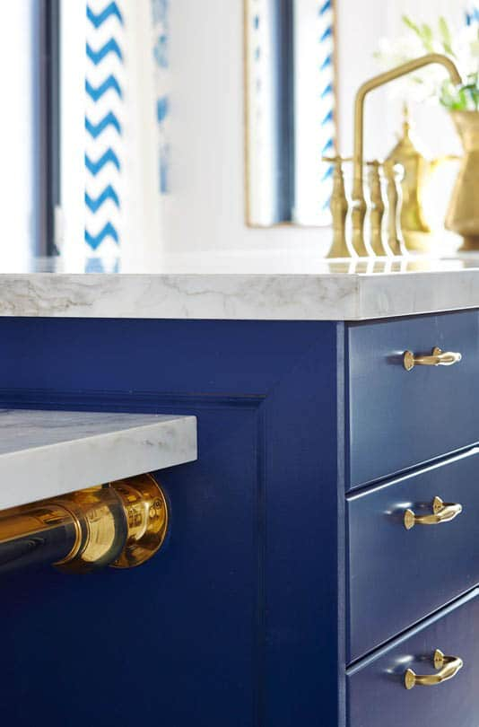 Kitchen Island Ideas With Bar Sarah Richardson's Royal Blue, Gold, And White Kitchen