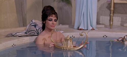 Cleopatra-little-boat