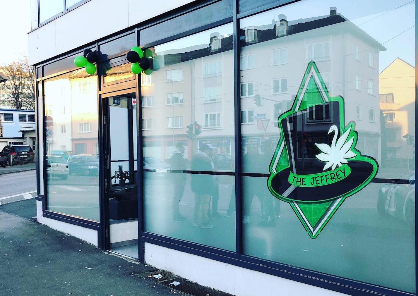 Lieferservice Kassel The Jeffrey Shop Cbd Shop Headshop
