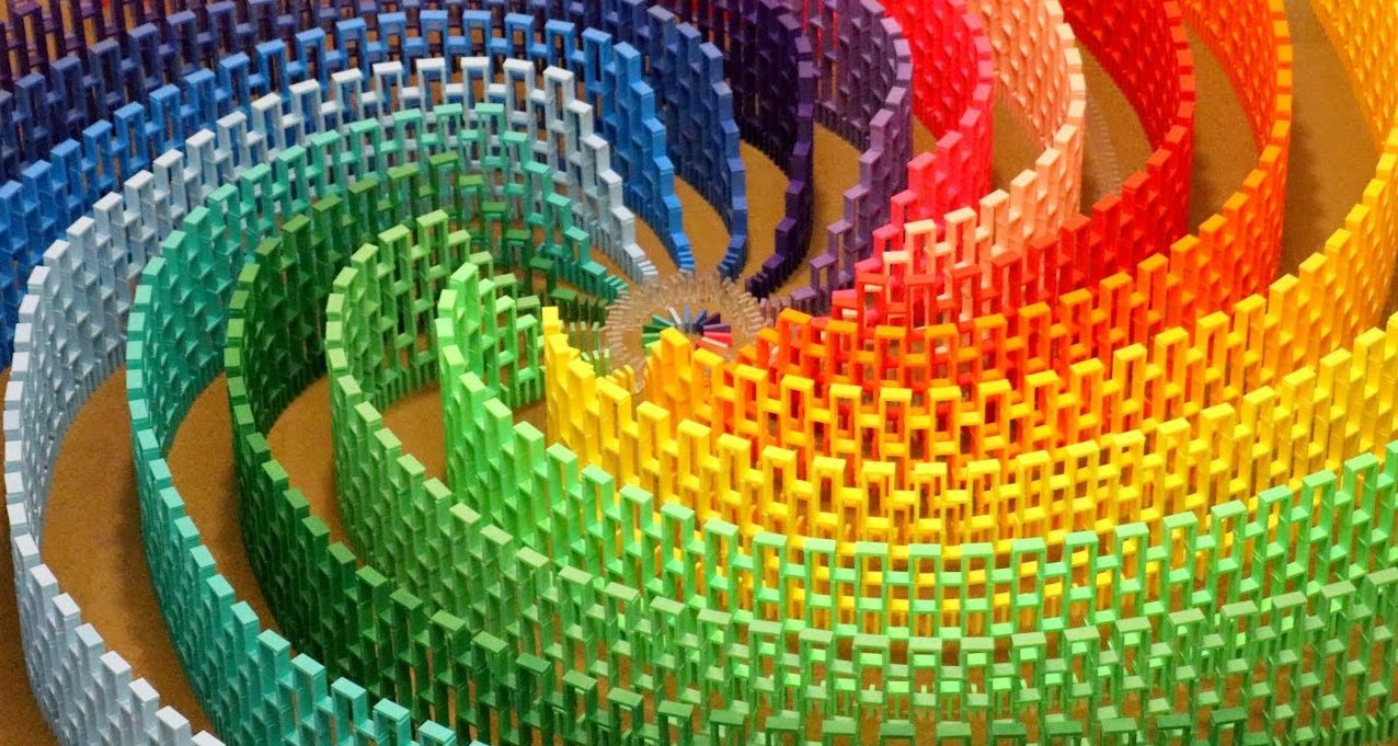 Dominoes Falling Wallpaper A 15 Color Rainbow Spiral Made With 12 000 Dominoes The
