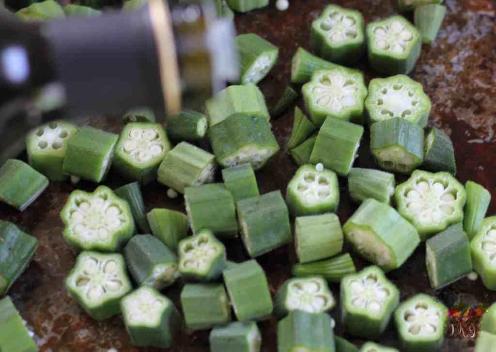 sliced okra