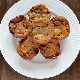 Chocolate Chip Caramel Oreo Cookies