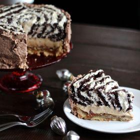 Pielogen (Pecan Pie, Cheesecake, and Cake Combined)
