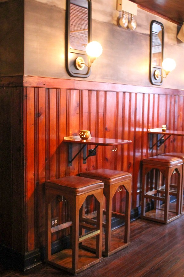 Pub Royale and Queen Mary Tavern 3