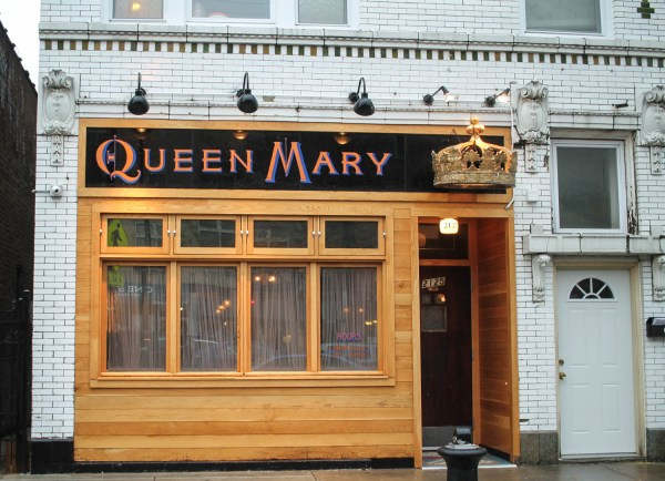 Pub Royale and Queen Mary Tavern