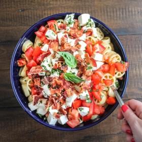 Tomato, Mozzarella, Basil and Bacon Pasta Salad