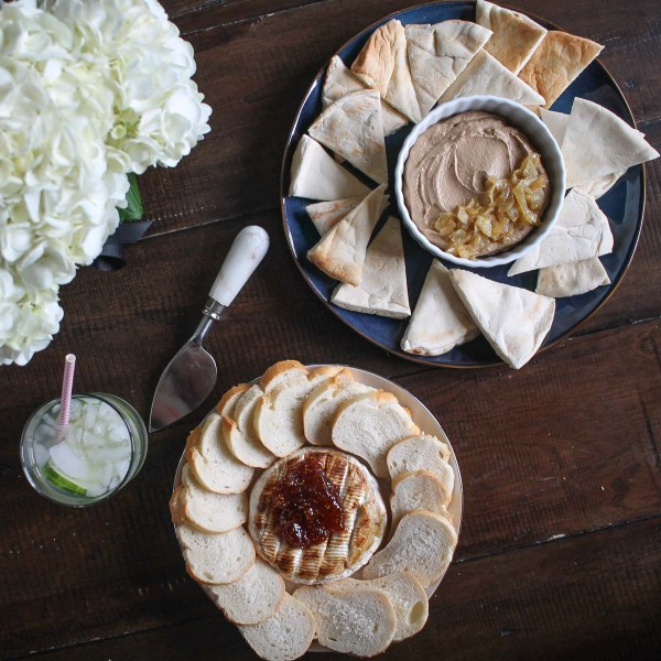 Caramelized Onion Hummus-6