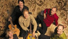 Le groupe de musique du monde Sultans of String.