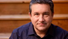 Alfred Hermida, auteur de Tell Everyone: Why We Share and Why it Matters.