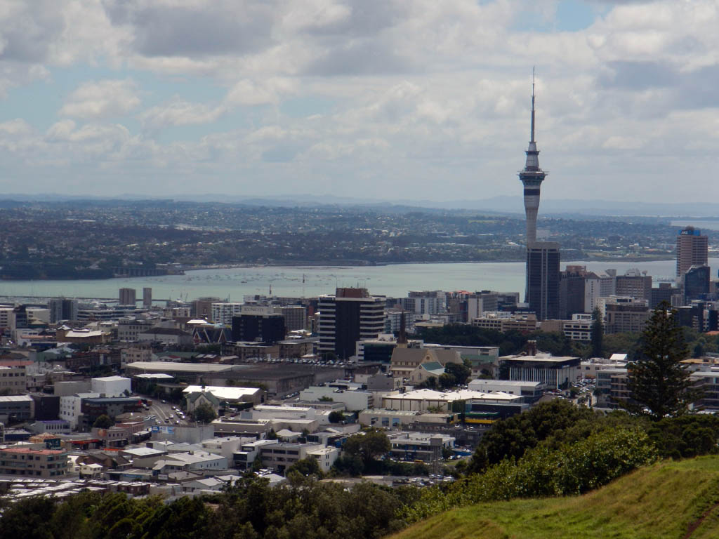 Simple City Sites Guide: Auckland's Big 14