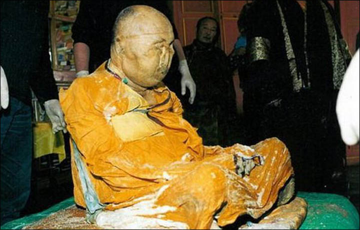 Dead Russian Buddhist monk, Dashi-Dorzho Itigelov Lama is believed to be alive in deep meditation 75 years after his death