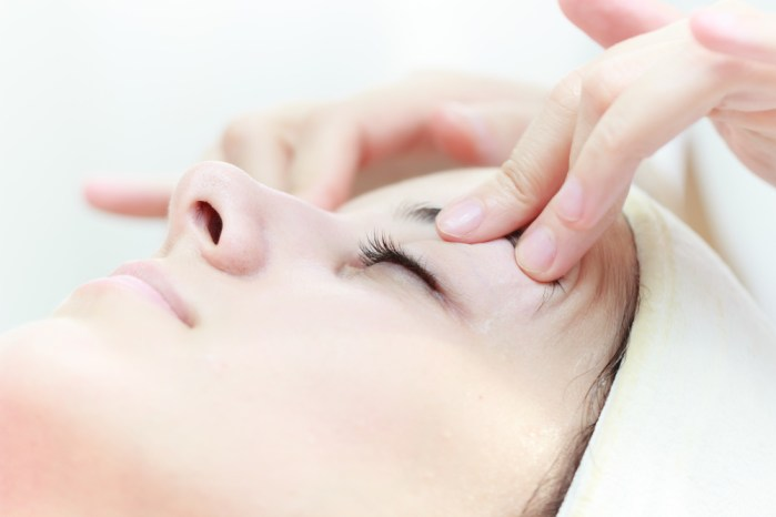 massaging your lids can help nourish your lashes