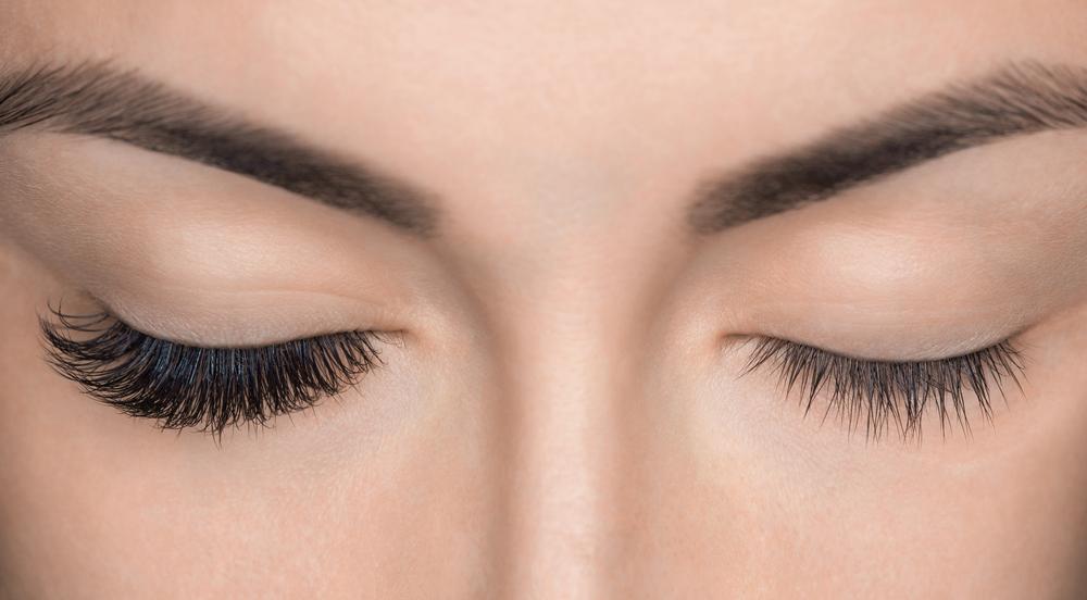 Three Ways To Promote Thicker Longer Eyelashes The Life Pile