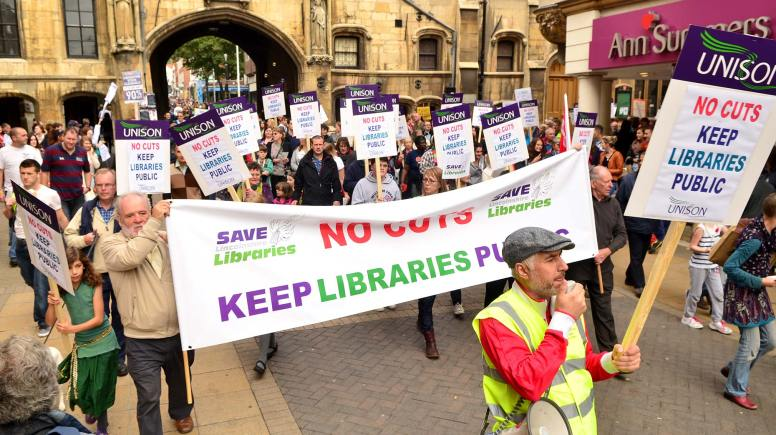 People marching and chanting against libraries closures at the Stonebow in Lincoln. Photo: Steve Smailes for The Lincolnite