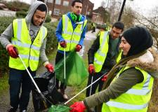 University of Lincoln students litter pick as part of their Community Action Days. Photo: Steve Smailes for The Lincolnite