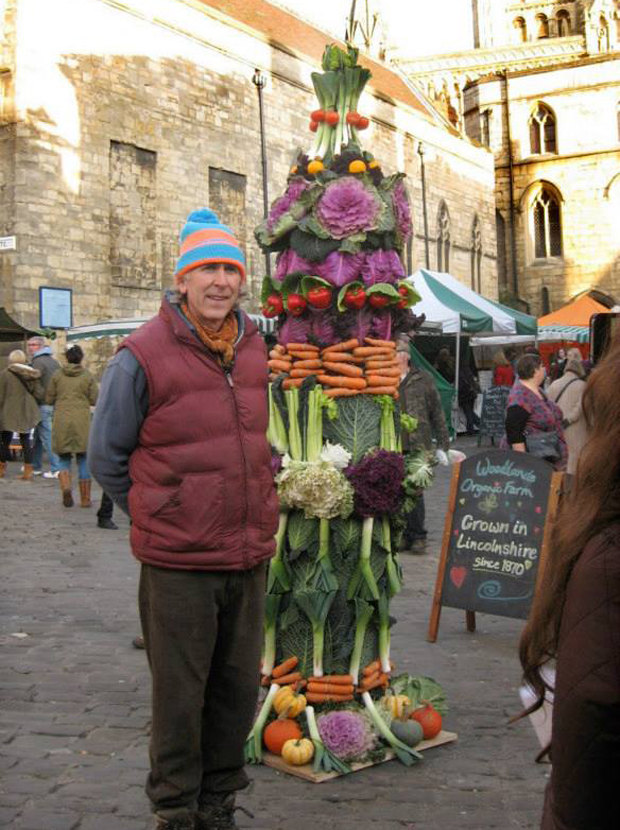 The team at Woodlands Organic Farm have been building turrets of veg to raise money at the Lincoln Farmers Market.