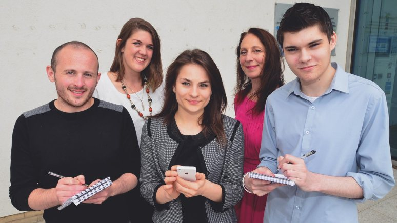 (L-R) University of Lincoln journalism student Dan Brown, Siemens Ambassador Audrey Bowie, Ambassador Georgia Carmichael, Chair of Siemens Communications and Outreach Group Rachel Odams and University of Lincoln journalism student Ben Staff. Photo: Steve Smailes