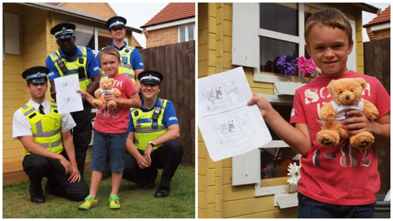 PCSOs Horace Squire, Gary Jacobs, Craig Mobbs and Police Cadet Charlie Burrows visit William to give him his prize.