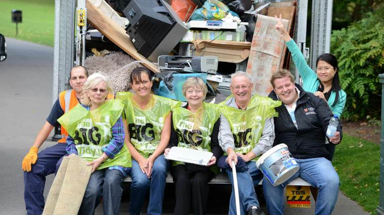 (L-R) Matt Spikings, Councillor Fay Smith, Corrine Gourlay (Action LN2), Councillor Kath Rothwell, Robin Renshaw (County Council for the ward), Sam Barstow (City of Lincoln Council) and resident Trang Le. Photo: Stuart Wilde
