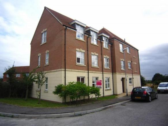 2 bedroom flat for sale in Maximus Road, North Hykeham