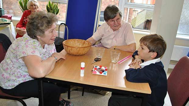 Barbara and Angela chatting to George Lingwood