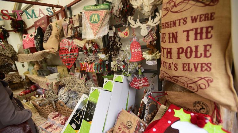 Christmas-Market-Part-2-08-12-2014-SS-5