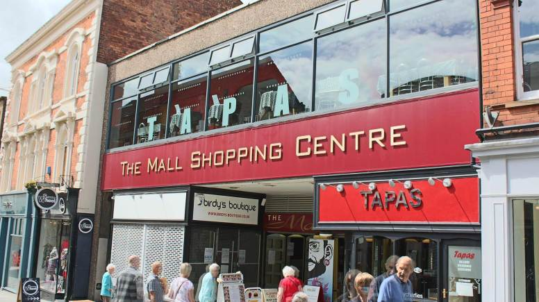 The Mall Shopping Centre on Lincoln High Street. Photo: The Lincolnite