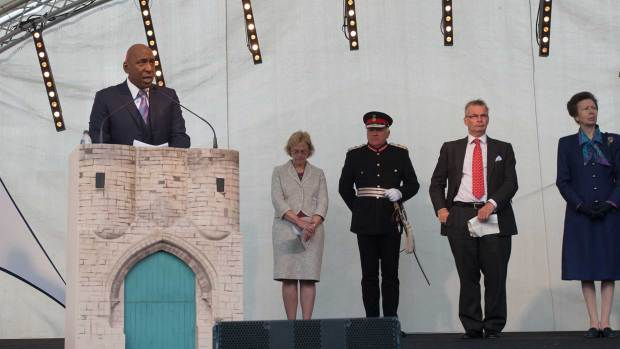 Lincolnshire actor Colin McFarlane introduced guests before the plaque was released.