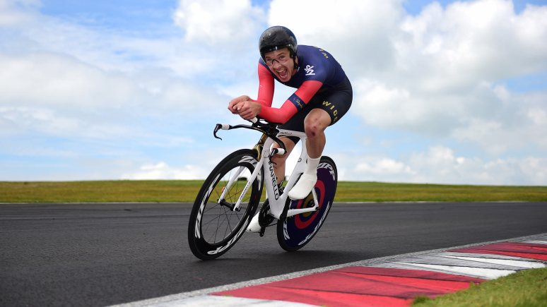 Owain Doull of Team Wiggins competes in the Under 23 Category. Photo: Alex Broadway/SWpix.com