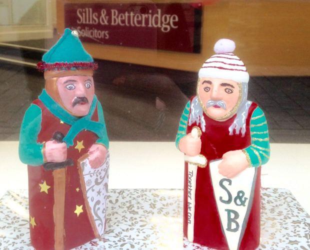 Sills and Betteridge Mini Barons