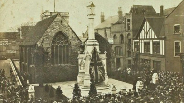 The unveiling of the war memorial in St Benedicts Square in November 1922