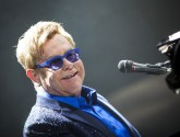 la-et-ms-elton-john-new-album-wonderful-crazy-night-20160112
