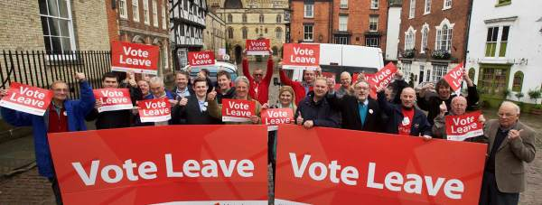 Vote Leave campaigners on Castle Hill ahead of a tour of Greater Lincolnshire on June 15. Photo: Steve Smailes for The Lincolnite