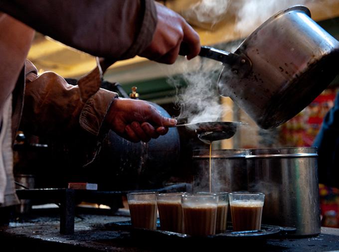 thelocalist.com-pakistan-tea-chai-2