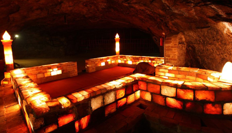 Weekends in Pakistan – a Trip to Khewra Salt Mines