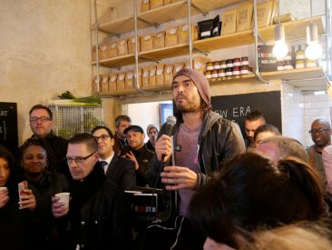 Russell Brand Trew Era Cafe