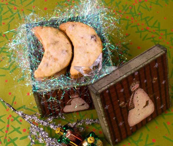 Cranberry, Pistachio & Candied Ginger Shortbread in Gift Box