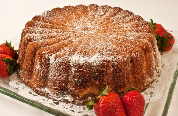 Whole parmesan pound cake ready to serve e1332309481369 Heavenly Parmesan Sour Cream Pound Cake