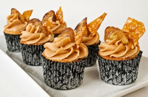 Cupcake Line up Peanut Butter & Garam Masala Cupcakes with Creamy Dreamy Peanut Butter Frosting, Peanut Praline & Caramelized Banana