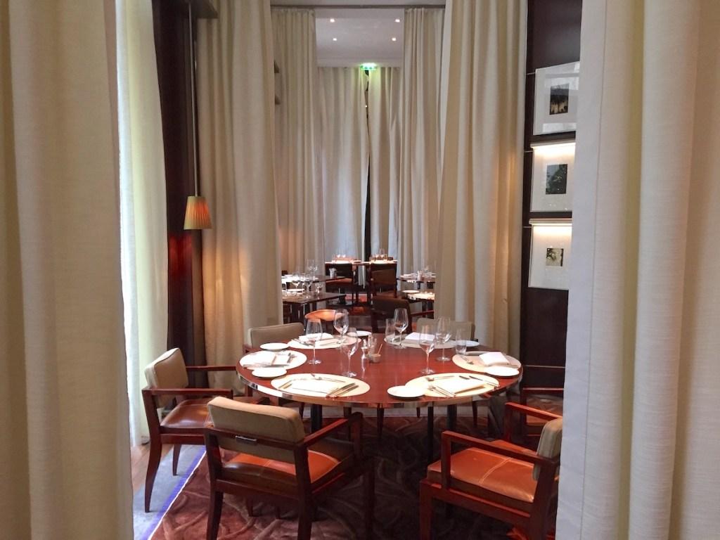 New year brunch at le royal monceau paris the luxe insider - La cuisine hotel royal monceau ...