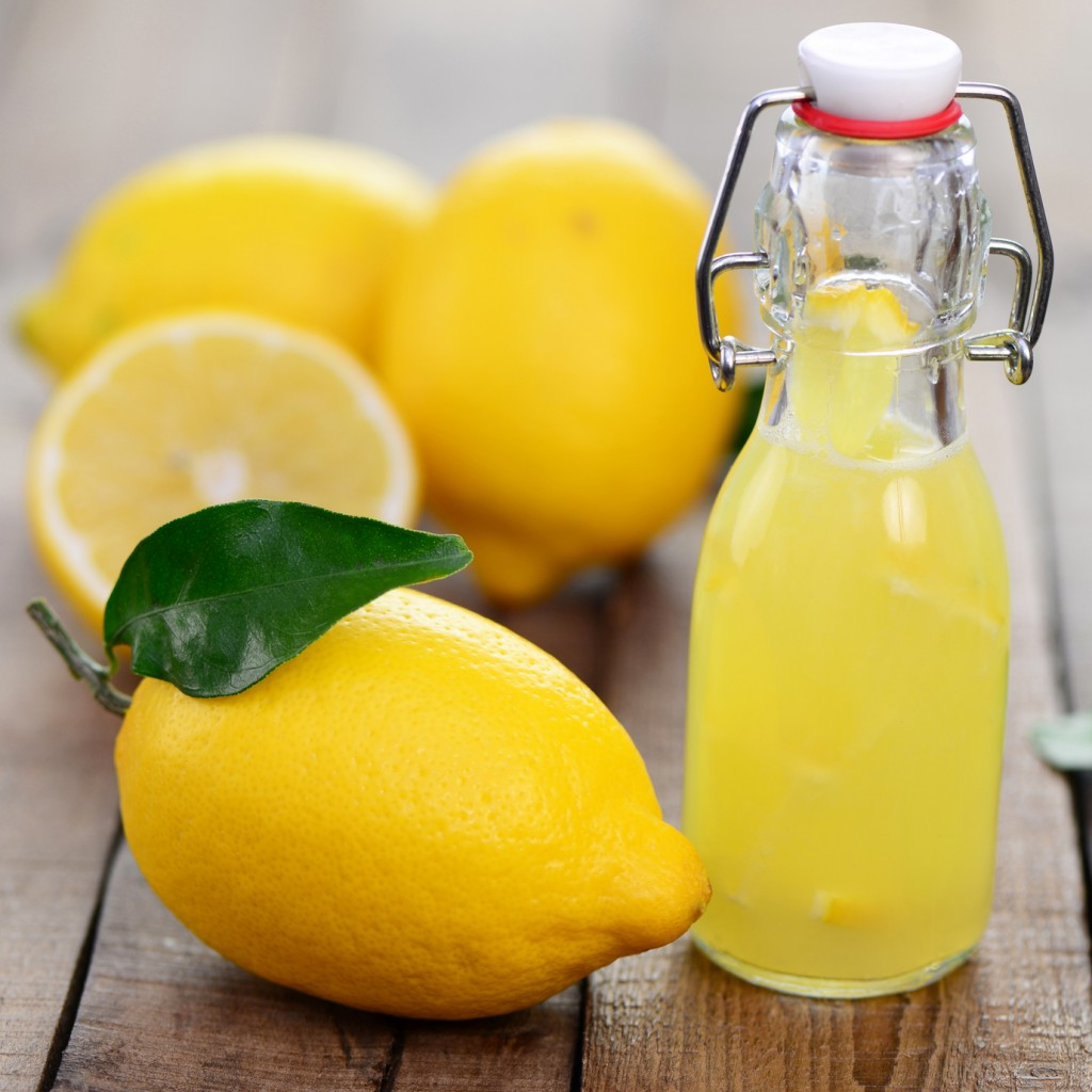 Best Way Juice Lemon 10 Excellent Ways To Remove Freckles And Brown Spots Naturally