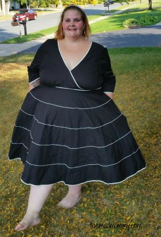 eShakti: Customizable dresses from size 0 - 36! As a plus size woman, this sold me!