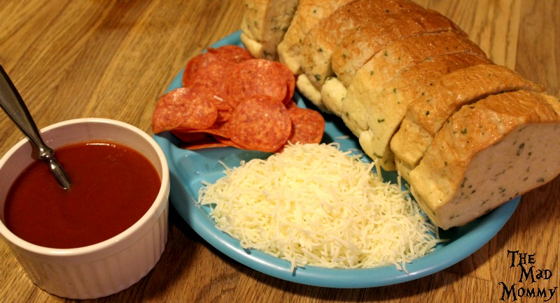 All you need is 4 ingredients to make this Pepperoni Pizza Toast recipe.