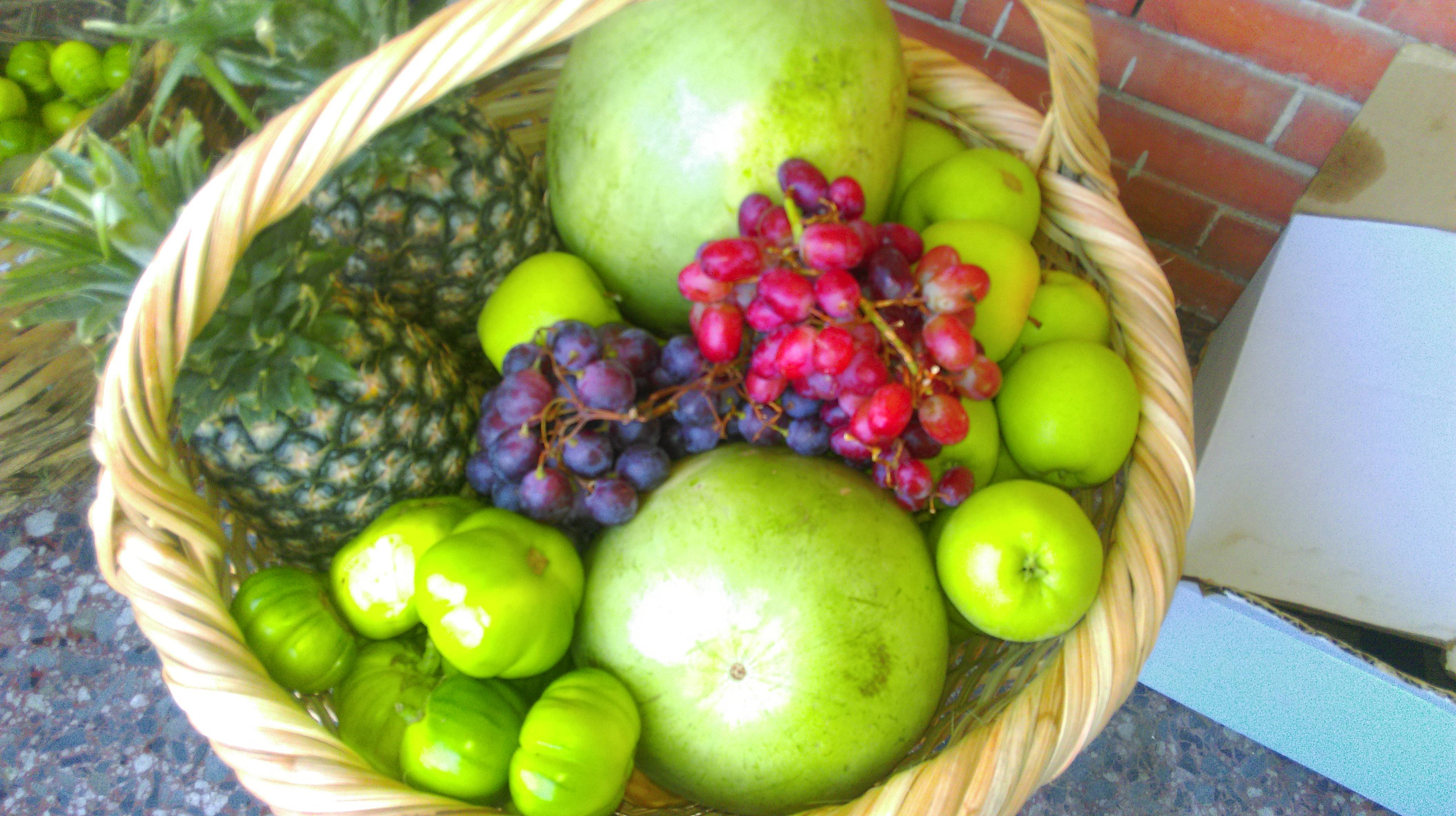 Baskets Online Buy Large Fruit Basket Online From The Market Food Shop