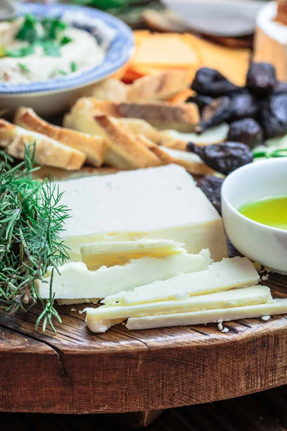 Mediterrane Küche An Bord How To Make The Best Cheese Board A Complete Guide The
