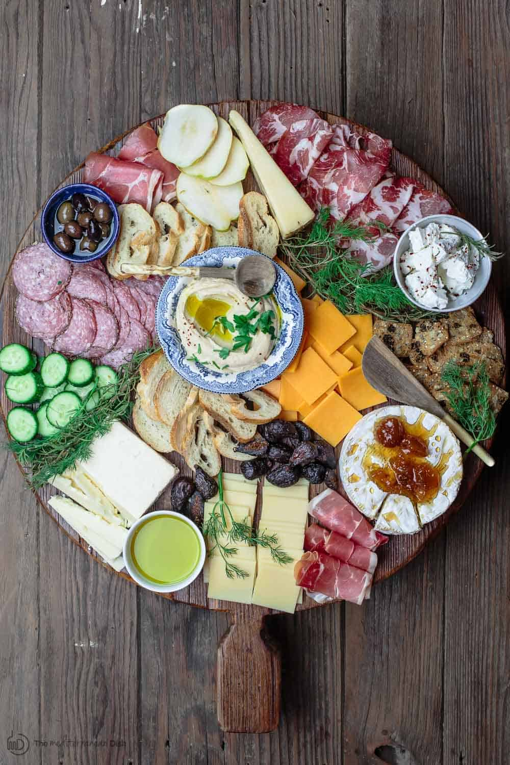 Mediterrane Küche An Bord How To Make The Best Cheese Board A Complete Guide