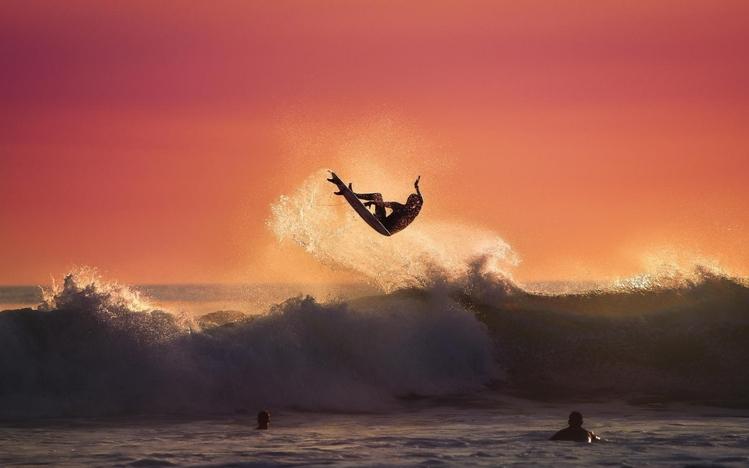 Surfer Girl Wallpaper 1440x900 Surfing Windows 10 Theme Themepack Me