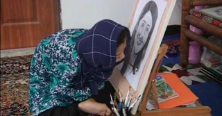 Disabled Afghan girl painter dreams of international fame