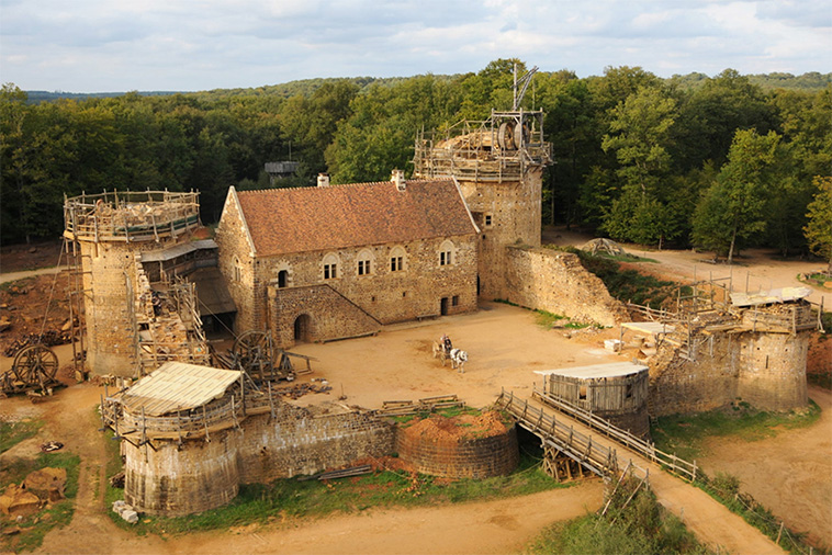 Sachen Selber Bauen The French Have Spent 20 Years Building A New Medieval